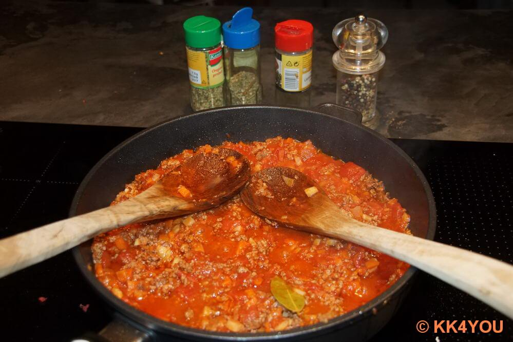 Zubereitung der Bolognese
