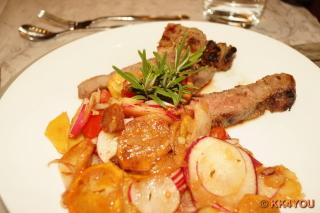 T-Bone Steak mit Bratkartoffelsalat