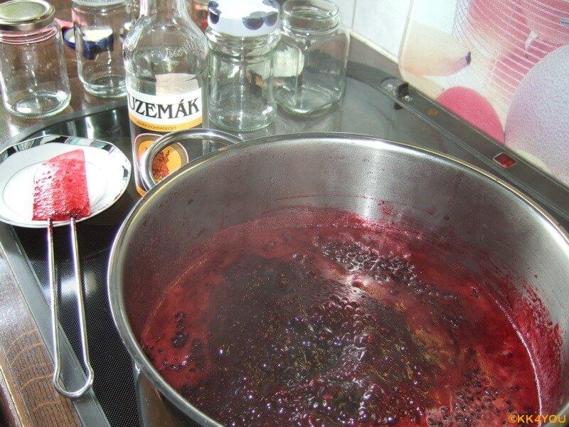 Holundermarmelade -4 Minuten kochen