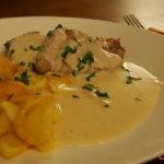 Kalbstafelspitz mit Bratkartoffeln und Meerrettichsauce