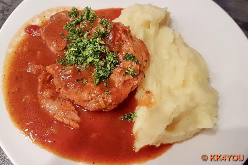 Ossobuco -Kalbshaxe nach Mailänder Art mit Kartoffelstampf