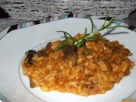 Risotto mit Pilzen und Tomaten -Risotto di Funghi al Pomodoro