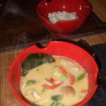 Tom Kha Gai -Thailändische Kokos Huhn Suppe