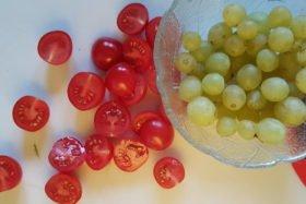 Tomaten und Trauben